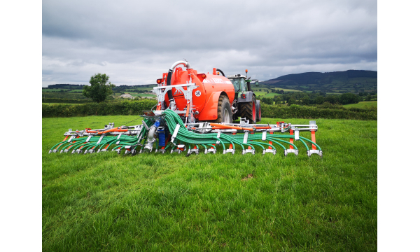 Abbey Machinery LESS Applicators Support Emission Reductions and Add Value